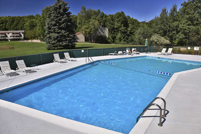Hideaway Valley Condominiums Pool