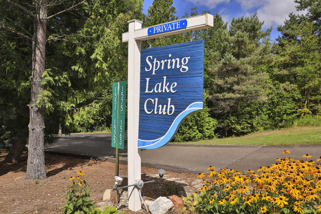 Spring Lake Club Entry