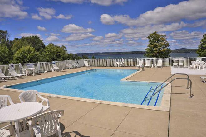 Tannery Creek Condominiums Outdoor Pool