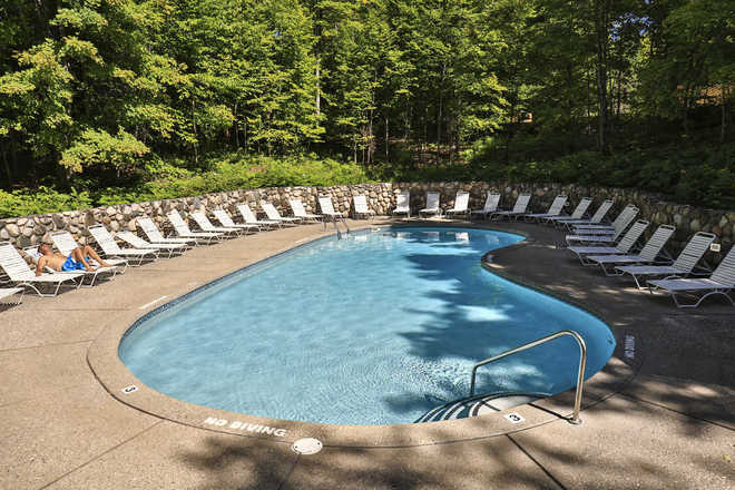 Trout Creek Condominiums Outdoor Pool