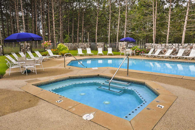 Trout Creek Condominiums Pool