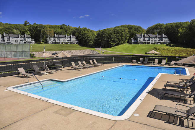 Windward Condominiums Pool